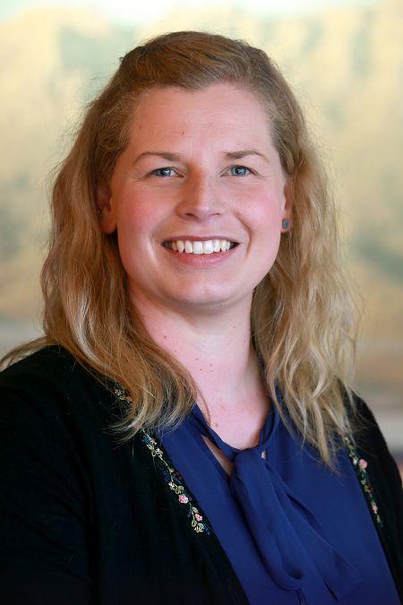 Cr Nicole Meijer
